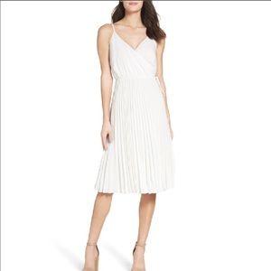 Ali & Jay LA pleated white wrap dress size medium